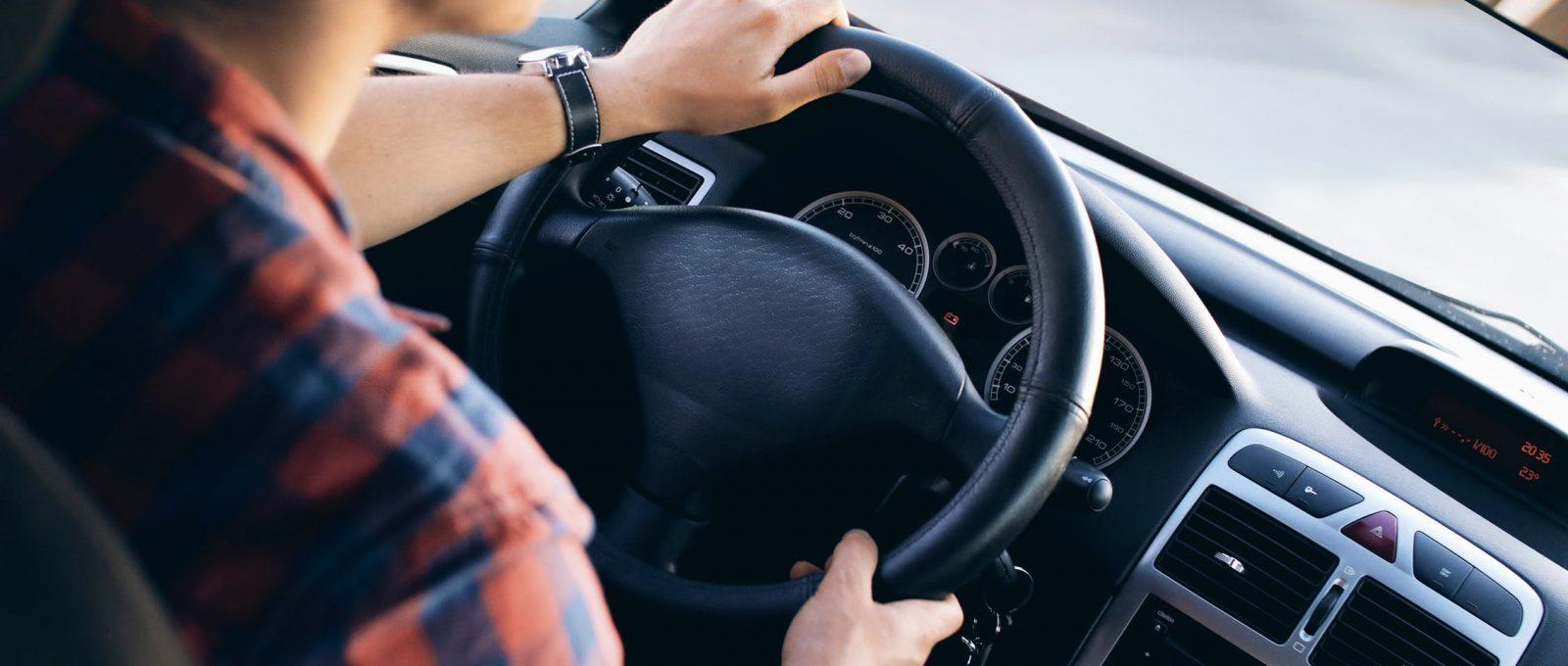 Que faut-il vérifier avant d'acheter une voiture d'occasion